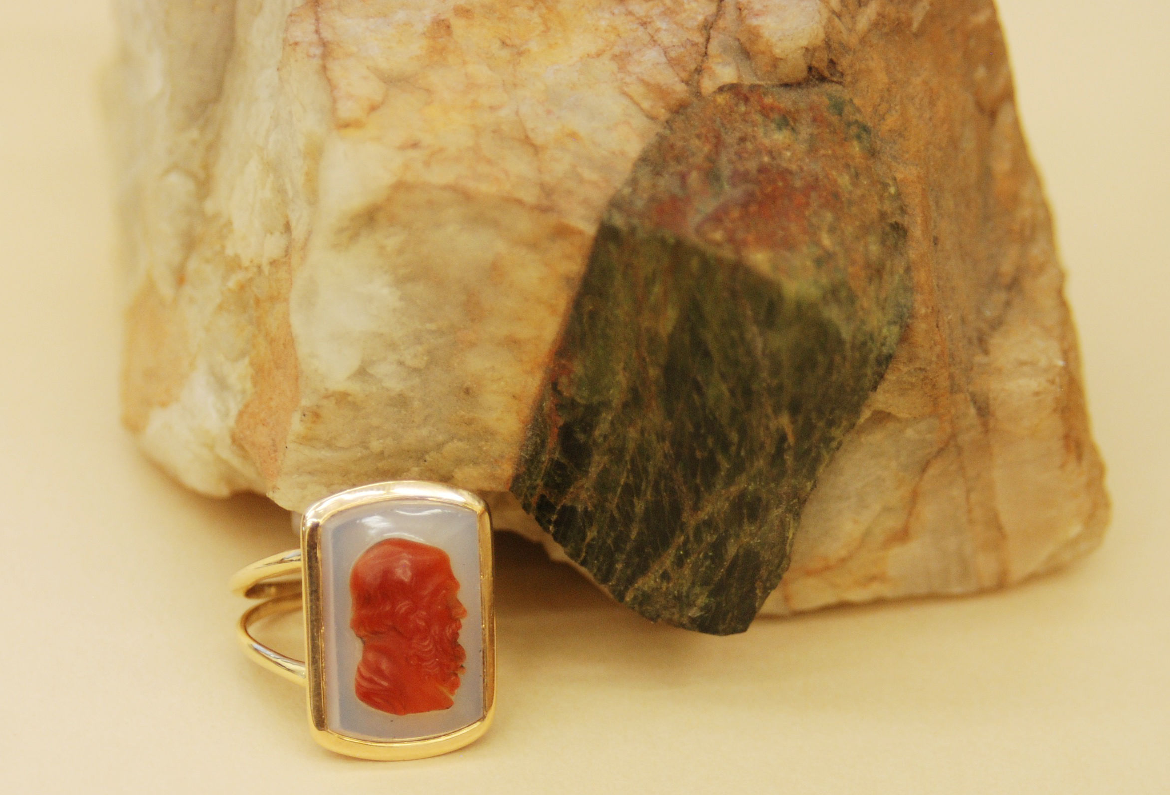 14K Gold Cameo Ring